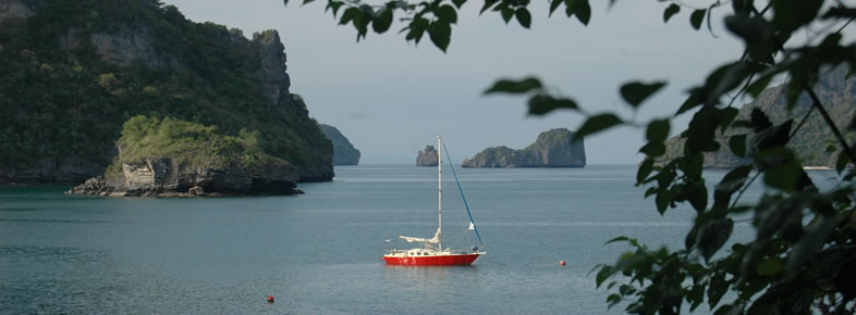 Sailing in Ang Thong National Park